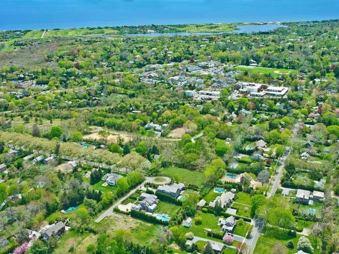 Land for sales at East Hampton Village  Vacant Land  East Hampton, New York 11937 United States
