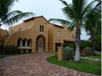 Maison unifamiliale for sales at Beautiful Spanish Style Home 320 Murray Rd   West Palm Beach, Florida 33405 États-Unis