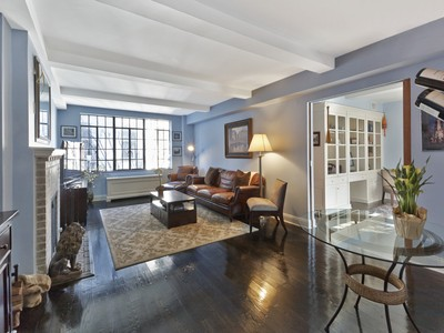 Mietervereinswohnung for sales at 61 West 9th Street, Apt 7C 61 West 9th Street Apt 7c   New York, New York 10011 Vereinigte Staaten