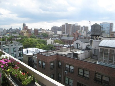 Cooperativa for sales at Studio Loft with Large Private Terrace  New York, Nueva York 10011 Estados Unidos