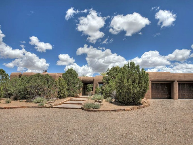 for sales at 47 Violet Circle  Santa Fe, New Mexico 87506 Vereinigte Staaten