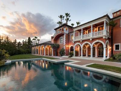 Maison unifamiliale for sales at Casitas Pass Estate  Carpinteria, Californie 93013 États-Unis
