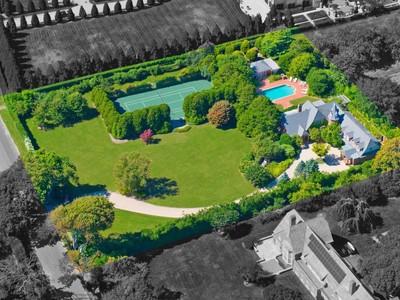 Casa para uma família for sales at New Construction on Lee Avenue   Southampton, Nova York 11968 Estados Unidos