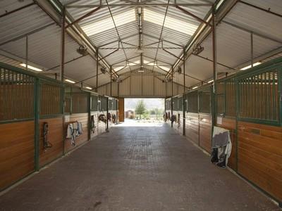 Fattoria / ranch / campagna for sales at Exceptional Equestrian Facility 27300 Pilgrim Road Redlands, California 92373 Stati Uniti