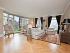 共管式独立产权公寓 for  rentals at 15 Central Park West, Unit 15G 15 Central Park West Apt 15g   New York, 纽约州 10023 美国