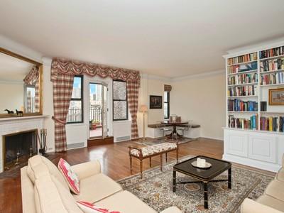 Кооперативная квартира for sales at 225 East 73rd Street 225 East 73rd Street Ph D New York, Нью-Мексико 10021 Соединенные Штаты