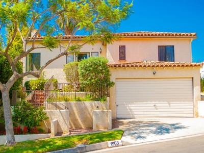 Moradia for sales at Amazing Opportunity with Views 1963 Benecia Avenue  Los Angeles, Califórnia 90025 Estados Unidos