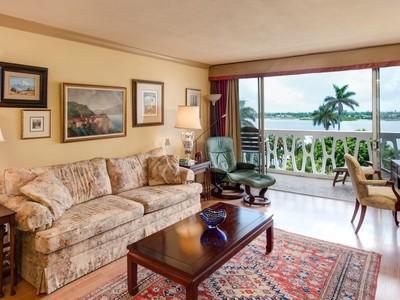 Condomínio for sales at President of Palm Beach Gem 2505 S Ocean Blvd # 604 Palm Beach, Florida 33480 Estados Unidos