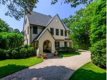 Частный односемейный дом for sales at East Hampton Village    East Hampton, Нью-Мексико 11937 Соединенные Штаты