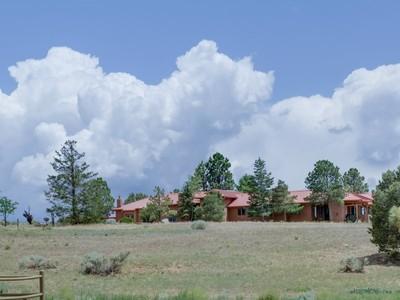 Ferme / Ranch / Plantation for sales at 224 Nine Mile Road    Santa Fe, New Mexico 87508 États-Unis