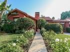 Casa para uma família for  open-houses at Stunning Beverlywood Oasis 8832 Cashio Street  Los Angeles, Califórnia 90035 Estados Unidos