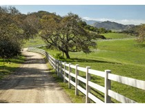 Terreno for sales at Rana Creek Ranch 35351 East Carmel Valley Road.   Carmel Valley, California 93924 Stati Uniti