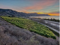 Fazenda / Rancho / Plantação for sales at Faria Coastal Ranch 3945 Pacific Coast Highway   Ventura, Califórnia 93002 Estados Unidos