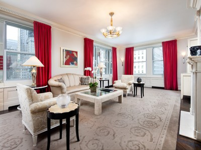 Copropriété for sales at 781 Fifth Avenue, The Sherry-Netherland 781 Fifth Avenue Apt 905   New York, New York 10022 États-Unis