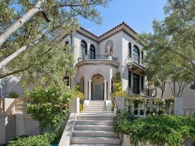 Maison unifamiliale for sales at Exquisite San Francisco Jewel 298 Chestnut Street San Francisco, Californie 94133 États-Unis