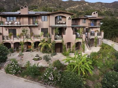 Vivienda unifamiliar for sales at Coyote Road 940 Coyote Road Santa Barbara, California 93108 Estados Unidos