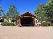 Fattoria / ranch / campagna for sales at Santa Fe Equestrian Center 100 S Polo Drive Santa Fe Equestrain Center   Santa Fe, Nuovo Messico 87507 Stati Uniti