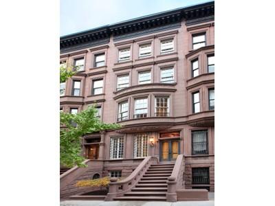 단독 가정 주택 for sales at 37 West 70th Street    New York, 뉴욕 10023 미국