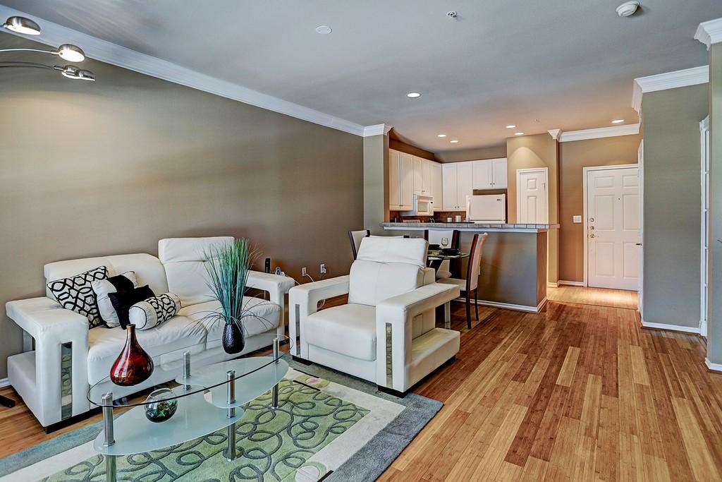 2400 Mccue Rd 348 Houston Texas Apartments For Sale Details
