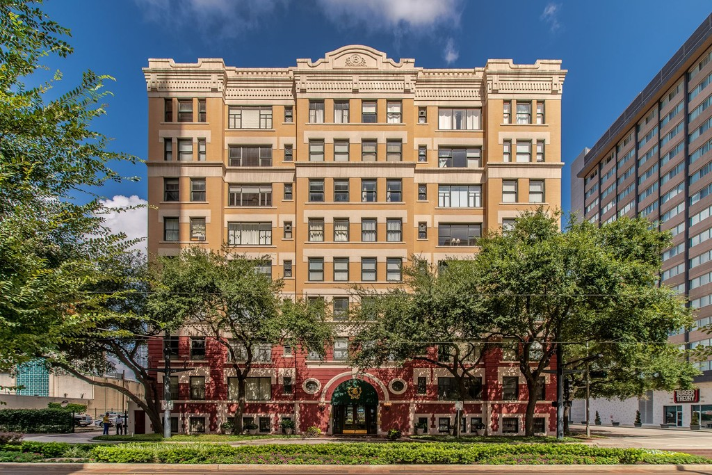 1700 Main Street Unit 6a Houston Texas Apartments For Sale Details