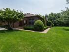 共管物業 for sales at Homeowner Assoc 19 Hunt Ct Jericho, 紐約州 11753 美國