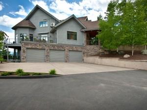 Additional photo for property listing at Grouse Mountain Home 271 Mountainside Dr  Grouse Mountain Estates, Whitefish, Монтана 59937 Соединенные Штаты