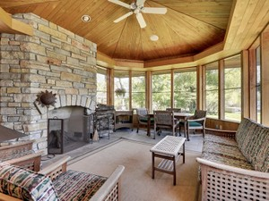 Additional photo for property listing at 21750 Fenway Court N  Forest Lake, Minnesota 55025 United States