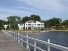 Casa para uma família for sales at Villa Sul Mare 16 Plum Beach Point Rd Sands Point, Nova York 11050 Estados Unidos