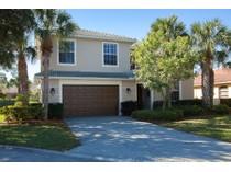 Maison unifamiliale for sales at FOREST PARK 4028  Kent Ct   Naples, Florida 34116 États-Unis