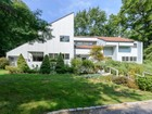 Einfamilienhaus for  sales at Contemporary 20 Shutter Ln Oyster Bay Cove, New York 11771 Vereinigte Staaten