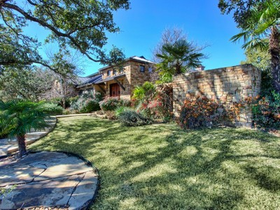 Maison unifamiliale for sales at Truly Exraordinary Estate 3 Kings Manor San Antonio, Texas 78257 États-Unis