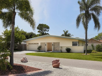 Single Family Home for sales at VENICE ISLAND 13  Gulf Manor Dr Venice, Florida 34285 United States