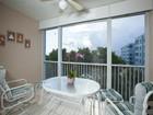 Condominio for sales at CAPTAINS BAY SOUTH 22748  Island Pines Way 302 Fort Myers Beach, Florida 33931 Estados Unidos