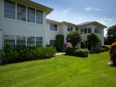 Condominio for sales at PARK SHORE - SHORE CLUB 727  Neapolitan Way Naples, Florida 34103 Estados Unidos