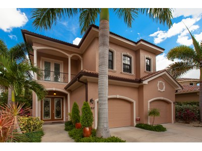 独户住宅 for sales at WEST OF TRAIL 3811  Camino Real  Sarasota, 佛罗里达州 34239 美国