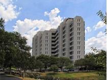 Кооперативная квартира for sales at 200 Patterson Avenue 710, San Antonio 200 Patterson Ave 710   San Antonio, Техас 78209 Соединенные Штаты
