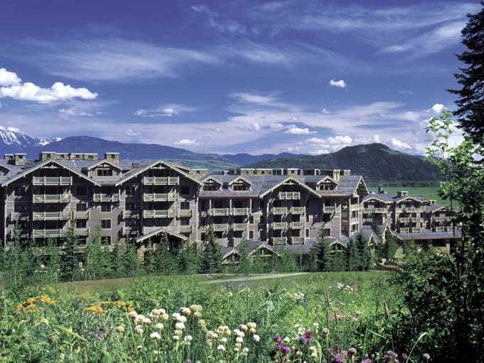 Condomínio for sales at Four Seasons Resort 7680 Granite Loop Rd Unit 556  Teton Village, Wyoming 83025 Estados Unidos