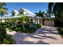 Casa para uma família for sales at MOORINGS 368  Hawser Ln   Naples, Florida 34102 Estados Unidos