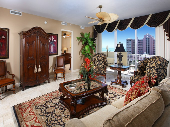 Condominio for sales at MARCO ISLAND - TROPICANA 951 S Collier Blvd PH2 Marco Island, Florida 34145 Estados Unidos