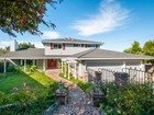 Vivienda unifamiliar for  sales at 750 Buckland Avenue    Belmont, California 94002 Estados Unidos