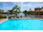 Condominio for  sales at VANDERBILT BEACH - VANDERBILT YACHT RACQUET 11030  Gulf Shore Dr 201   Naples, Florida 34108 Estados Unidos