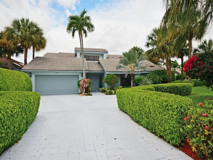 Casa para uma família for sales at 19211 Chapel Creek Dr, Boca Raton, FL 33434 19211  Chapel Creek Dr Boca Raton, Florida 33434 Estados Unidos