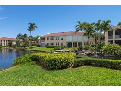 Copropriété for sales at PELICAN BAY - L'AMBIANCE 200  Lambiance Cir 102 Naples, Florida 34108 États-Unis