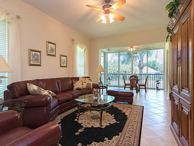 Condominio for sales at PELICAN MARSH - SEVILLE 1816  Seville Blvd 921 Naples, Florida 34109 Stati Uniti