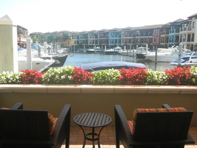 Nhà chung cư for sales at NAPLES BAY RESORT 1520  5th Ave  S 258 Naples, Florida 34102 Hoa Kỳ