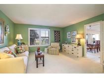 共管式独立产权公寓 for sales at THE MOORINGS - MARTINIQUE CLUB 3003  Gulf Shore Blvd  N 504   Naples, 佛罗里达州 34103 美国