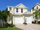 Maison unifamiliale for sales at SIESTA KEY 458  Island Cir Sarasota, Florida 34242 États-Unis