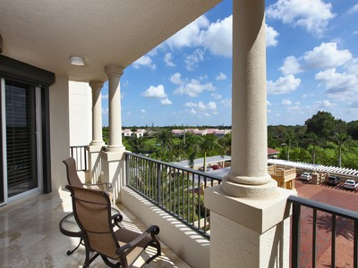 Кооперативная квартира for sales at BAY COLONY - TRIESTE 8787  Bay Colony Dr 405 Naples, Флорида 34108 Соединенные Штаты