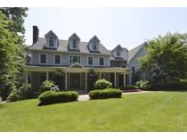 獨棟家庭住宅 for sales at Colonial    Old Field, 紐約州 11733 美國