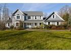 獨棟家庭住宅 for sales at Colonial 12 Watch Way Lloyd Neck, 紐約州 11743 美國